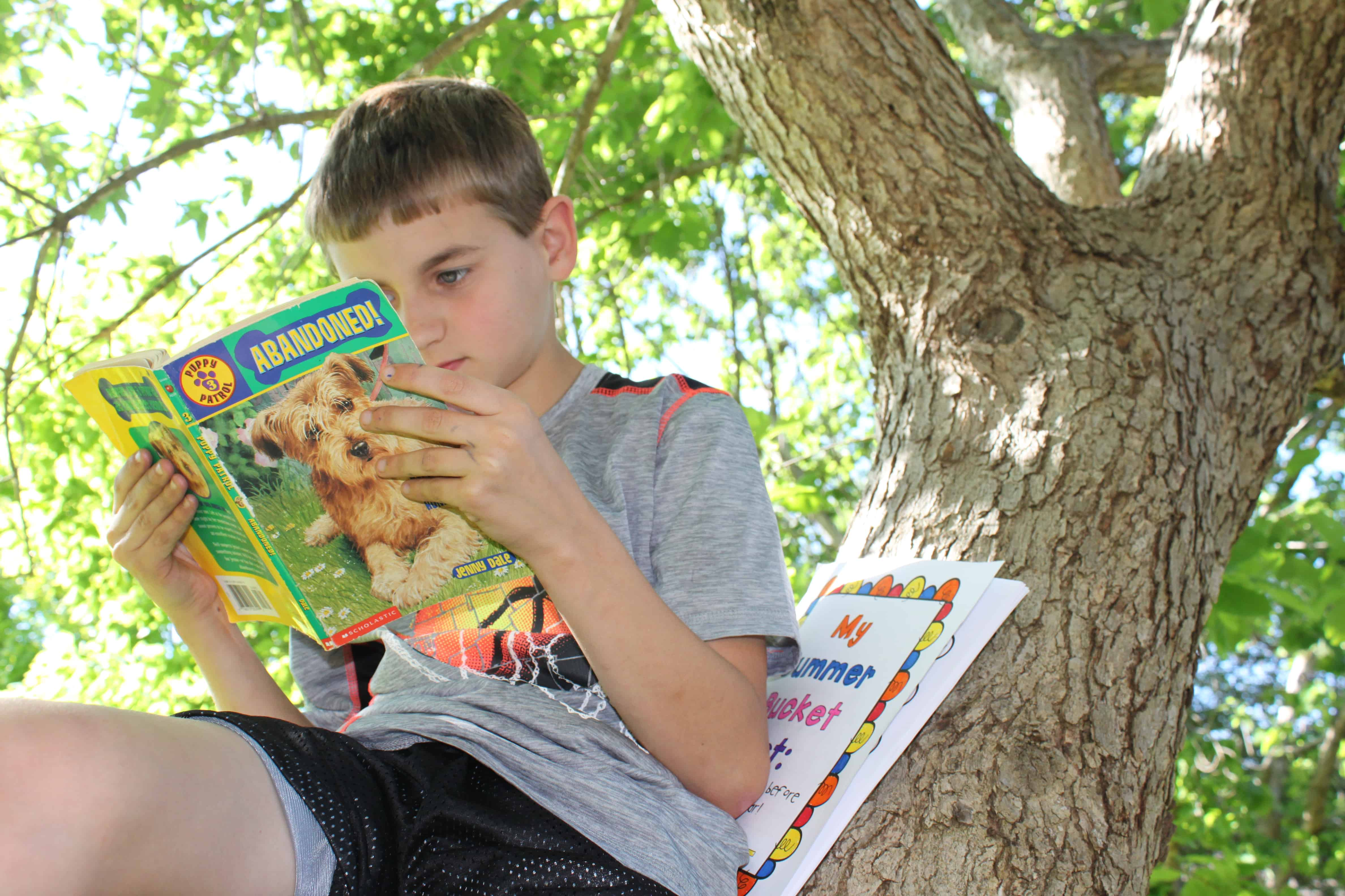 Have students complete summer bucket list activities over the summer to keep them learning.  This bucket list has them read in a variety of locations, write using a variety of materials, and more!